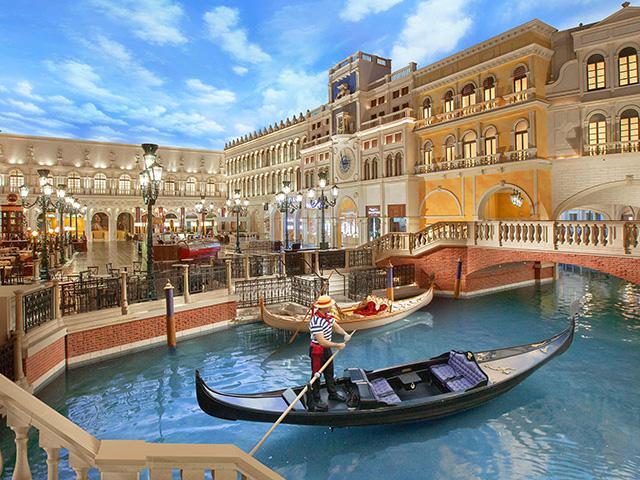 Gondola Rides at The Venetian Macau - Promo Tiket Masuk - Wisata Macau