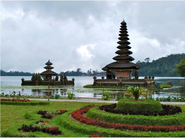 Paket Wisata Bali 3 Hari 2 Malam Nusa Dua Bedugul Tour